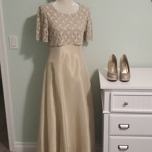 Long Formal Dress, Size Small